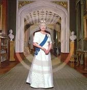 Official Image of HM The Queen - Full Length - D3/TO