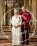 Official Image of HM The Queen  &  HRH The Duke of Edinburgh in Canadian Orders - D5/CAN/JC
