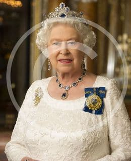 Official image of HM The Queen in Australian Orders - D1/AUS/JC
