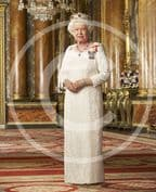 Official image of HM The Queen in Canadian Orders - full length - D3/CAN/JC