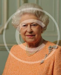 Official image of HM The Queen Informal - D1/INF/JC