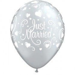 "JUST MARRIED HEARTS 11"" SILVER (25CT)"