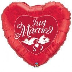 """JUST MARRIED RED & WHITE 36"""" JUMBO PKT"""