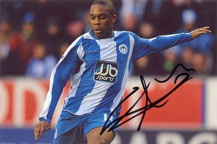 Charles N'Zogbia, Wigan Athletic, signed 6x4 inch photo.