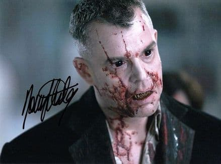 Danny Huston, 30 Days of Night, signed 8x6 inch photo.(2)