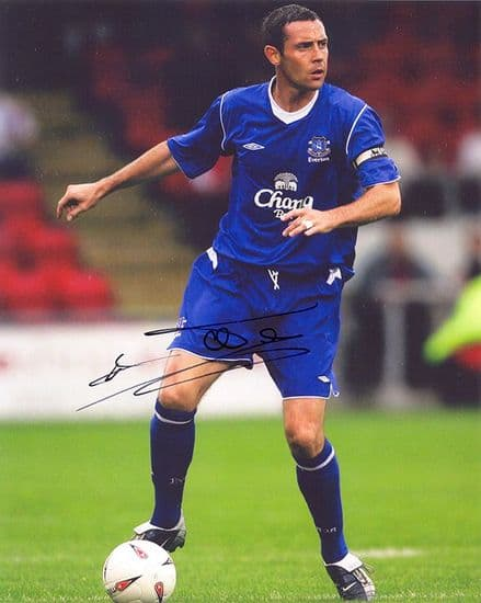David Weir, Everton & Scotland, signed 10x8 inch photo.