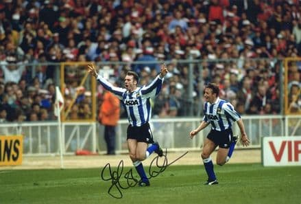 John Sheridan, Sheffield Wednesday, signed 12x8 inch photo.