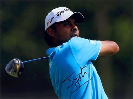 Jyoti Randhawa, Indian golfer, signed 8x6 inch photo.