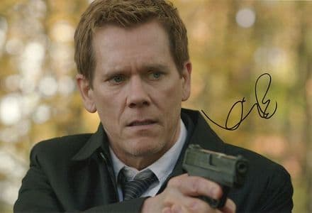 Kevin Bacon, The Following, signed 12x8 inch photo.