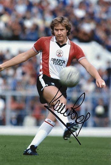 Kevin Bond, Southampton, signed 12x8 inch photo.(2)