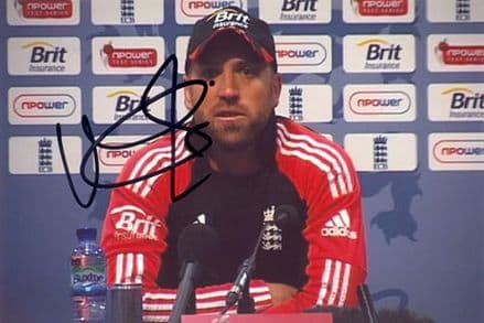 Matt Prior, Sussex & England, signed 6x4 inch photo.