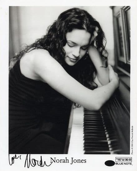 Norah Jones, American singer songwriter, signed 10x8 inch photo.