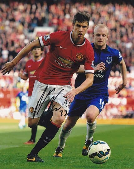 Paddy McNair, Manchester Utd, signed 10x8 inch photo.