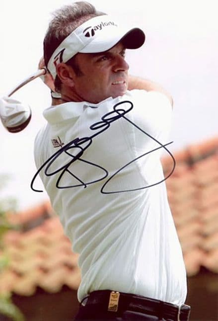 Paul McGinley, Irish golfer, signed 9x6 inch photo.
