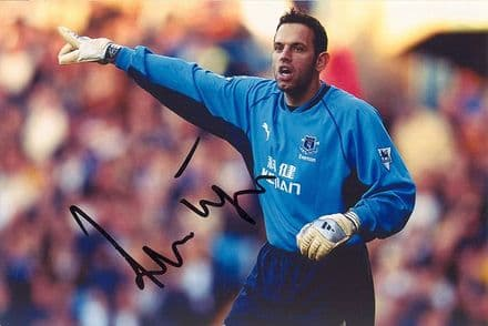 Richard Wright, Everton & England, signed 6x4 inch photo.