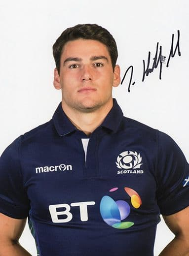 Sam Hidalgo-Clyne, Scotland, signed 8x6 inch photo.