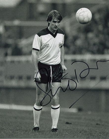 Sean O'Driscoll, Fulham, signed 10x8 inch photo.