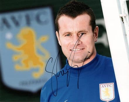 Shay Given, Aston Villa & Republic of Ireland signed 10x8 inch photo.