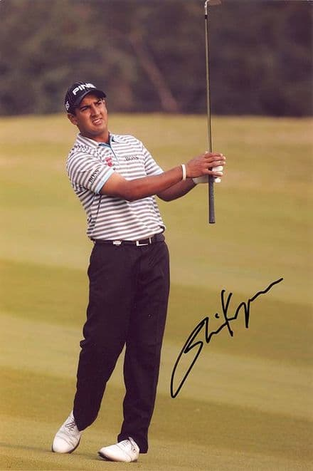 Shiv Kapur, Indian golfer, signed 12x8 inch photo.