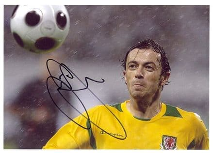 Simon Davies, Wales, signed 7x5 inch photo.