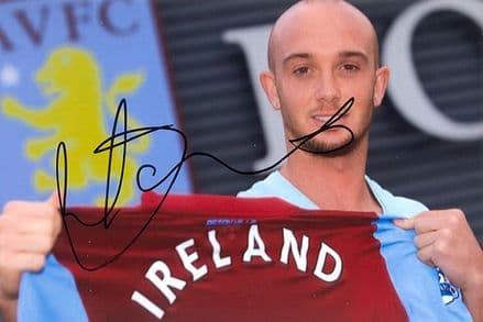 Stephen Ireland, Aston Villa, Republic of Ireland, signed 6x4 inch photo.
