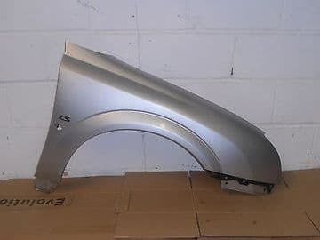 VAUXHALL VECTRA C MODELS 2002 TO 05 DRIVER SIDE FRONT FENDER WING SILVER