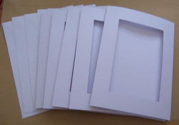 Five White Rectangle Aperture Cards 8 x 6 inches with 5 white envelopes