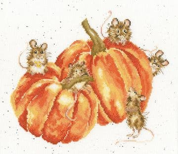 Pumpkin , Spice and All Things Mice- Bothy Threads