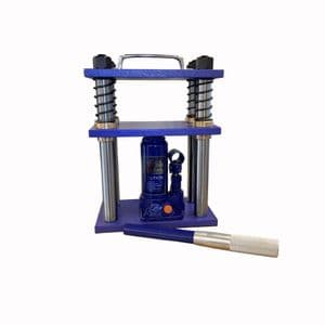 SPECIAL OFFER on Hydraulic Press, 4 Pillar.  Designed for Disc Cutters, Bangle Dies, etc. J2320